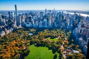 New York City-Skyline and Central Park in autumn foliage