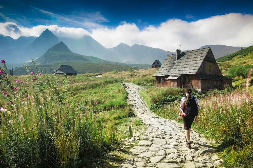 millennials hiking