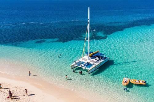 Catamaran deserted Island and Picnic Cruise from Fajardo or San Juan