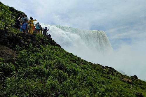 Niagara Falls in One Day_ Deluxe Sightseeing Tour of American and Canadian Sides