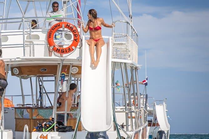 happy fish catamarans - slide